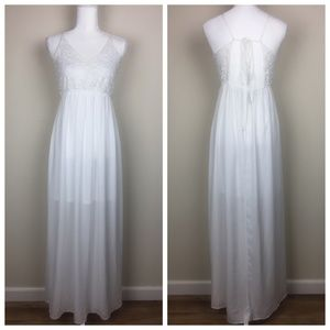 Monteau Anthro White Maxi Lace Embroidered Dress S
